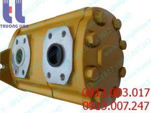 Bơm thủy lực bánh răng KAYABA 2P3105-50CES lắp cho xe gạt KOMATSU GD521A-1 , GD510R-1 .