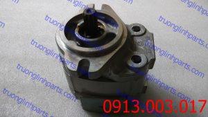 bơm thủy lực bánh răng xe ben hd785-3.5 , hd985-3.5 . 705-11-28010