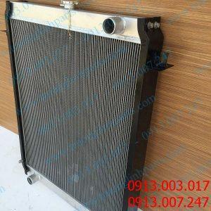 Địa chỉ cung cấp két nước cho xe đào KATO HD250-7 , HD820R , HD820-3 , HD820V , HD1023 , HD308R , HD2045 , HD1430 , HD1638 ,..