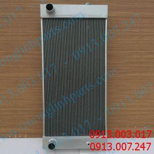 Cung cấp két nước làm mát xe đào DOOSANnhư DH225-7 , S225LC-V , DH280 , DH270-7 , DH300-7 , DH330 , DX345-9 , DH370-7 , DH420-7 , DH550-7 , DX380LC , DH420-7NEW , DH500-7 NEW , DX60 , DH258-5,..
